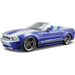 2010 Ford Mustang GT Convertible Blue 118 Custom Toys