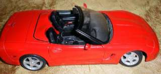 Maisto 98 Chevy Corvette Convertible Die Cast Car Scale 118