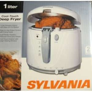 Sylvania Cool touch Deep Fryer 1 Liter 467349  Kitchen