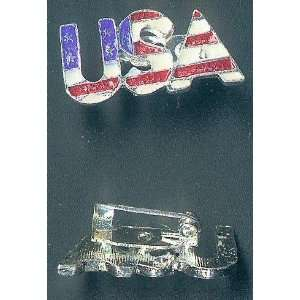 Patriotic USA American Flag USA Shaped Pin Badge   Great