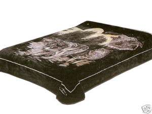Queen Size Solaron Wolf Pack Korean Mink Blanket